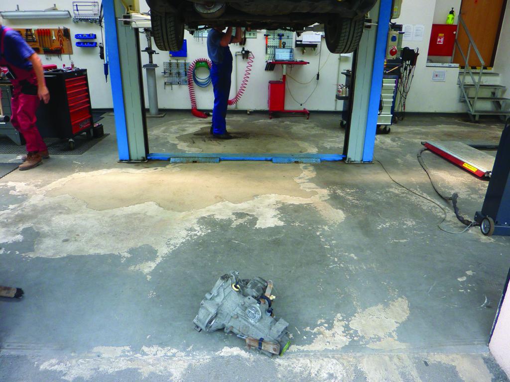 Come pavimentare un garage o unofficina meccanica come costruire
