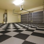Come pavimentare un garage o un'officina meccanica